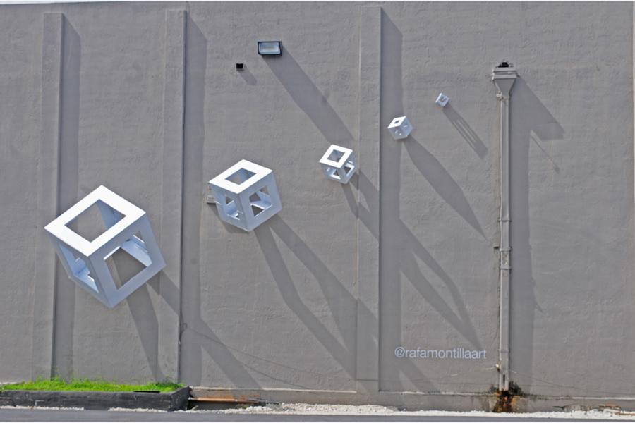 Public Art, Kubos in action Key Biscayne art installation